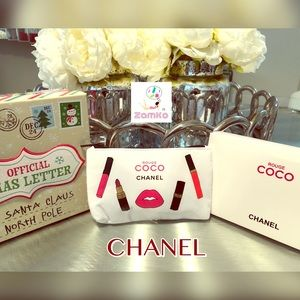 🔝Beautiful Coco Chanel Cosmetic Bag Brand New🔝